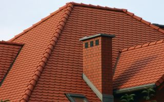 Монтаж вентиляционных труб на крыше