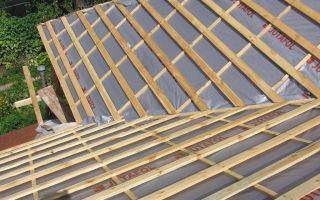 Пароизоляция для крыши: назначение, материалы и монтаж