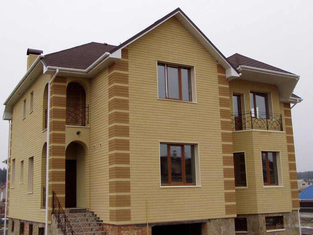 Дом из мокрого фасада
