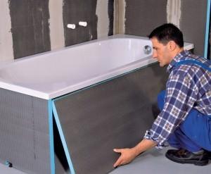 Монтаж акриловой ванны довольно прост, но лучше всего дополнительно обложить ванну кирпичом и плиткой, если есть маленькие дети