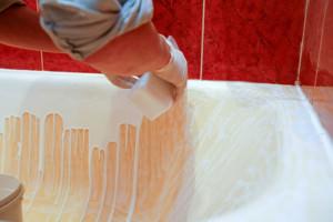 Нанесение акрилового покрытия на ванну