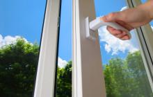 Не закрываются пластиковые окна — что делать?