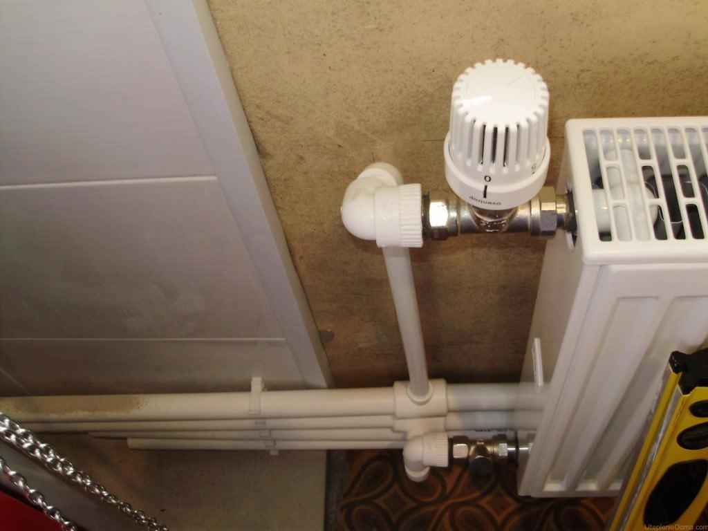 Терморегулятор на радиаторе отопления