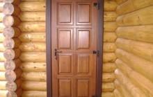 Утепленная входная деревянная дверь