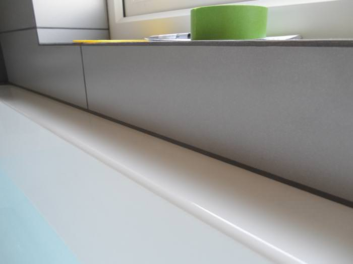 Керамический бордюр для ванны