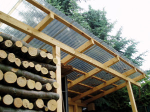 Крыша из поликарбонатовых листов