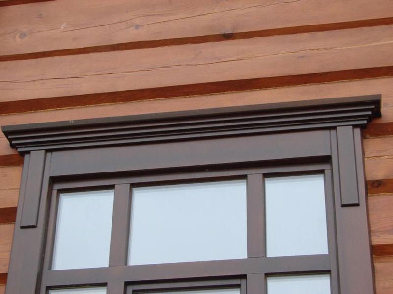 Окно с пластиковым наличником