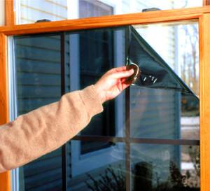Защитная пленка на окне