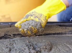Заготовка для бетона в руках
