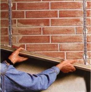 Маячная шпаклёвка стены