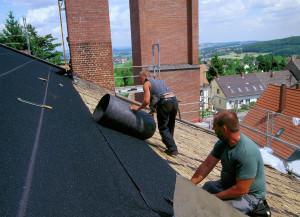 Установка гидроизоляции на крышу