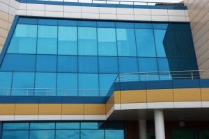 Архитектурная плёнка на окнах здания