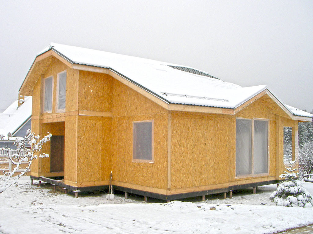 Дом, изготовленный из сип-панелей
