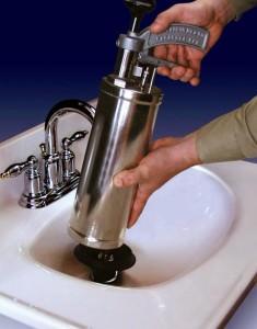 Очистка канализационных труб сжатым воздухом