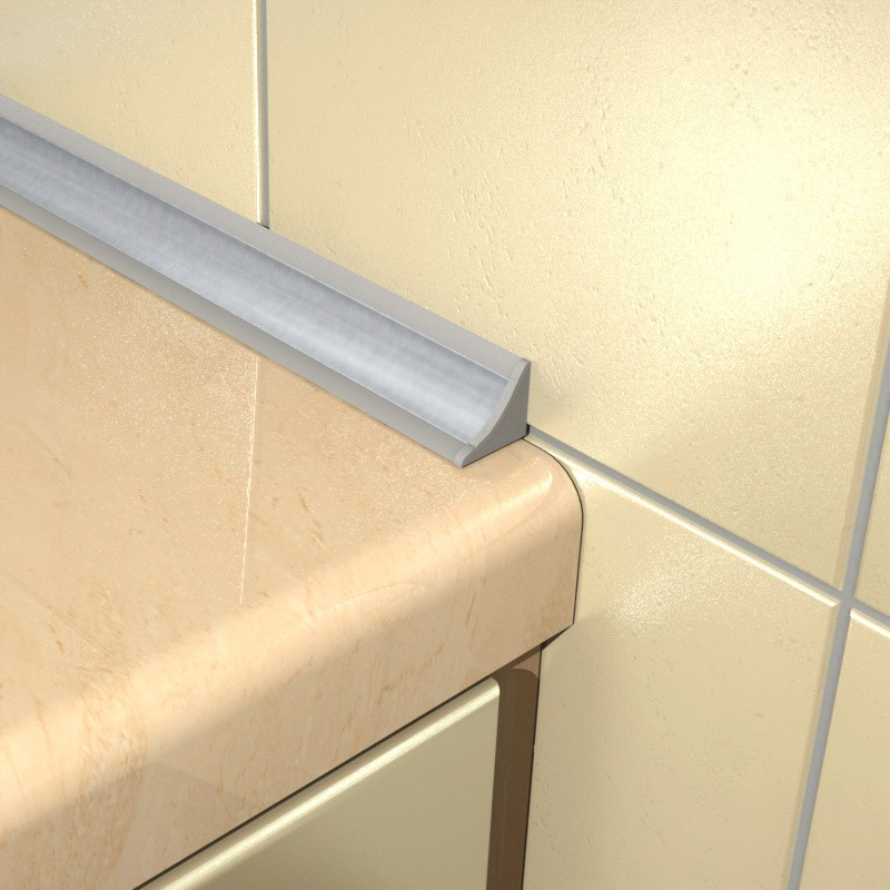 Пластиковый плинтус в ванной комнате