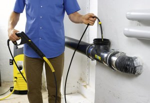 Устранение засора канализационных труб
