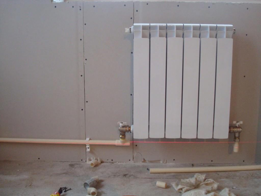 Однотрубная батарея в доме