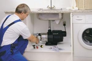 Установка насоса для повышения давления воды в квартире