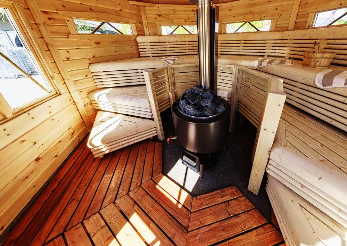 Печка с баком для воды в бане