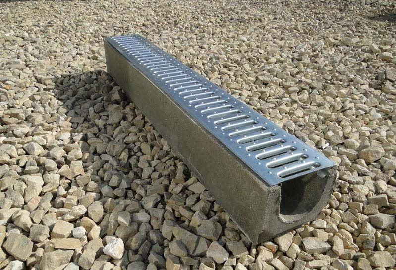 Водоотводный бетонный лоток