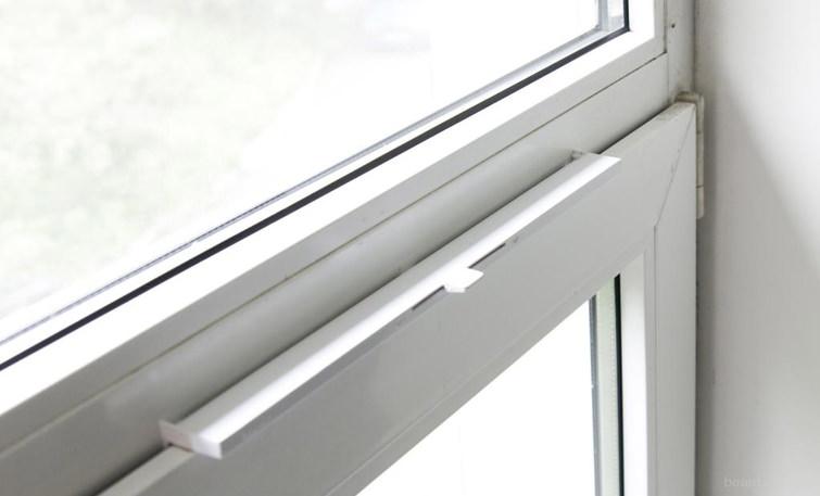Вентиляционный клапан на пластиковых окнах